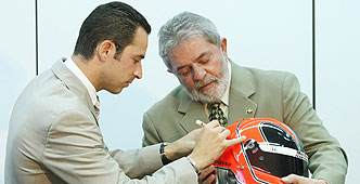 Castroneves y Lula