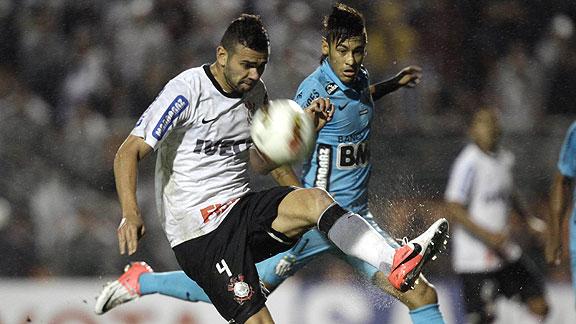 Corinthians v Santos