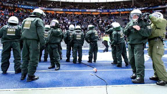 Policía futbol Alemania